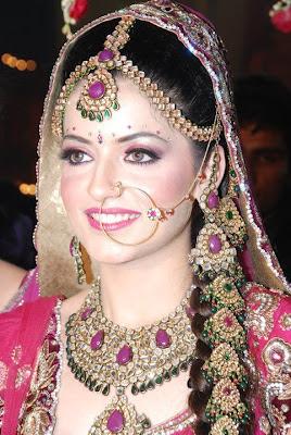 Gorgeous Brides in Makeup