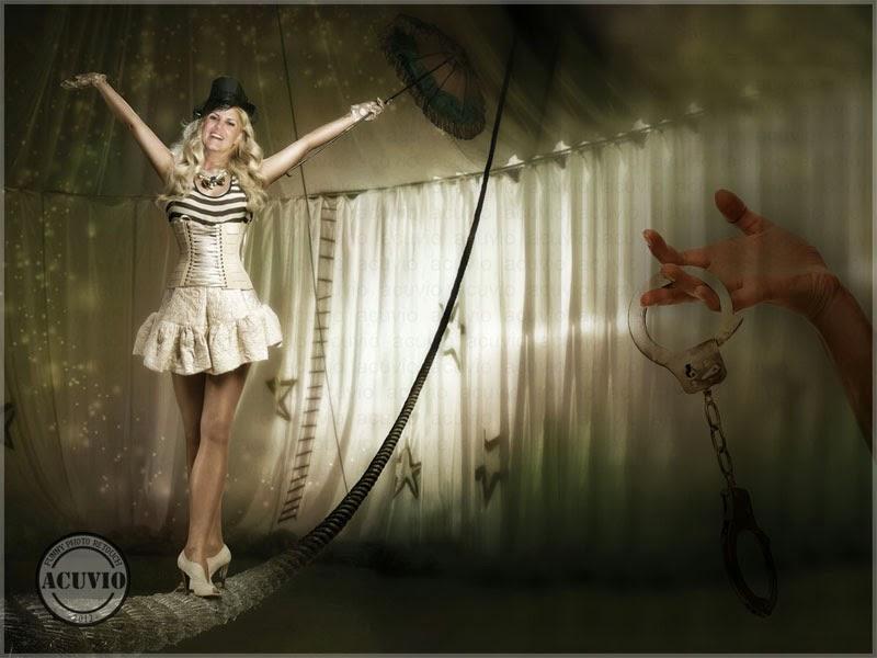Elena Udrea sub Cupola Circului funny photo