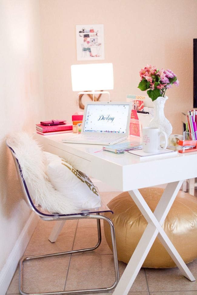 http://www.justdandy.org/2014/10/style-at-home-danielle-of-shop-dandy.html