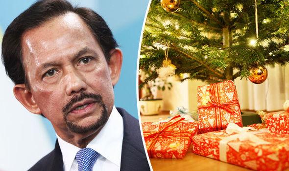 Borneo, 5 vjet burg kush Feston Krishtlindjet