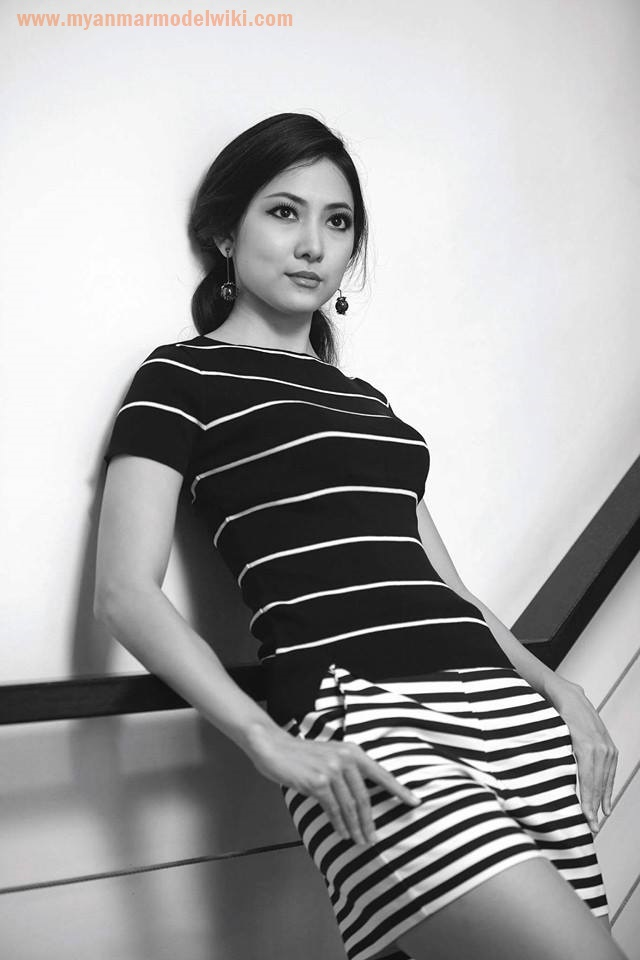 7 Photos of May Barani Thaw in Black and White