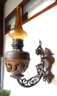 Lampu Dinding Com 35