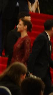 Kristen Stewart - Imagenes/Videos de Paparazzi / Estudio/ Eventos etc. - Página 31 DSC01402