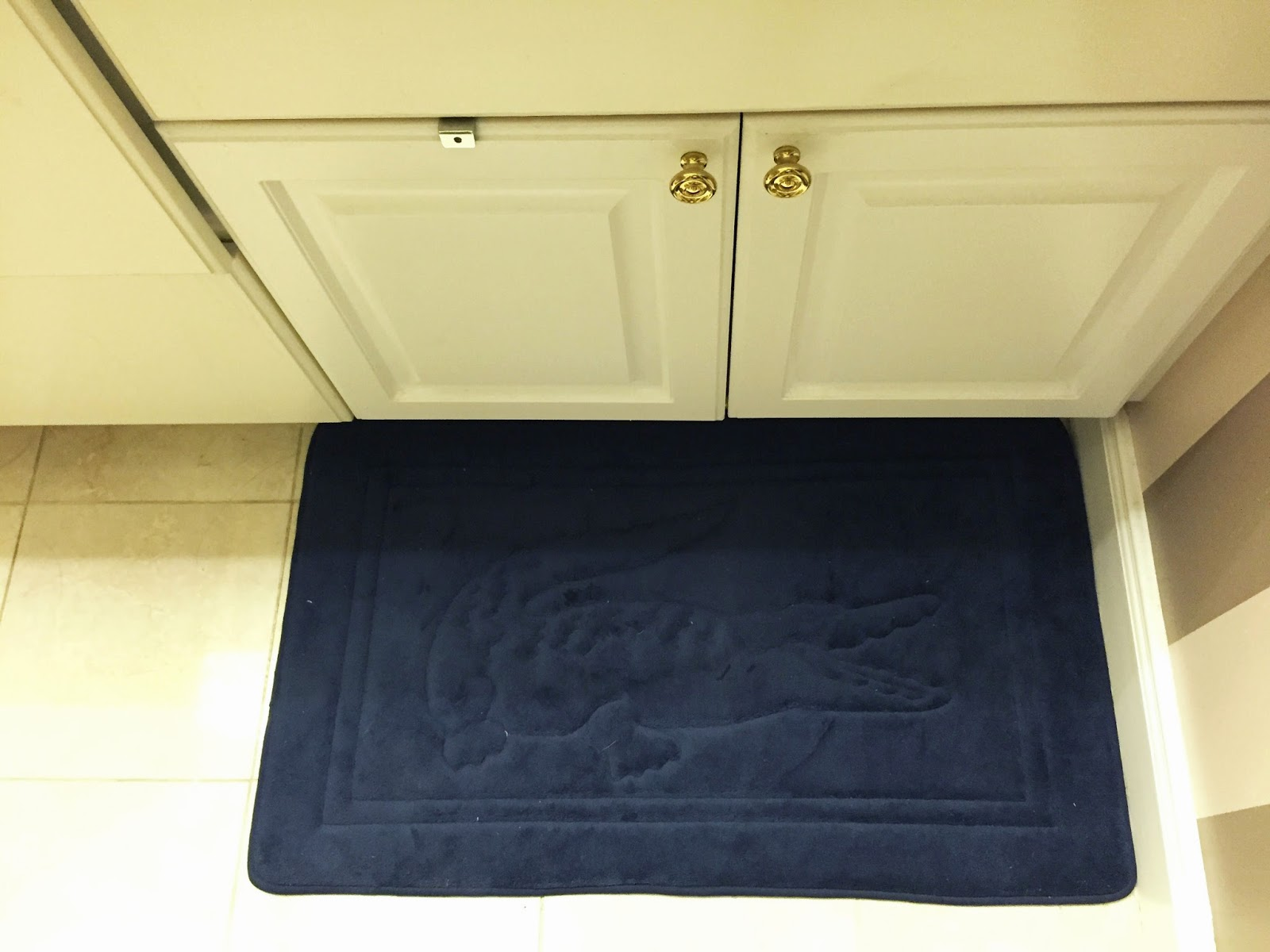 Memory Foam Bathroom Rug Set My Superficial Endeavors Lacoste Makes Awesome Bath Towels