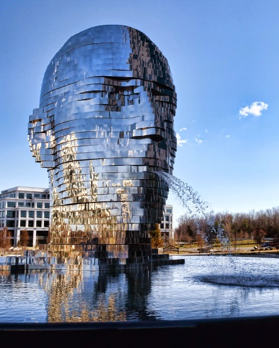 Metalmorphosis-Sculpture-David Černý