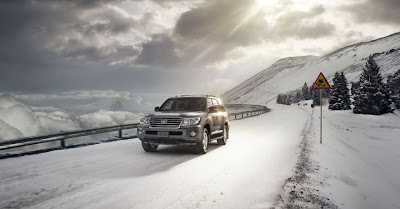 Toyota Land Cruiser 2013 photos