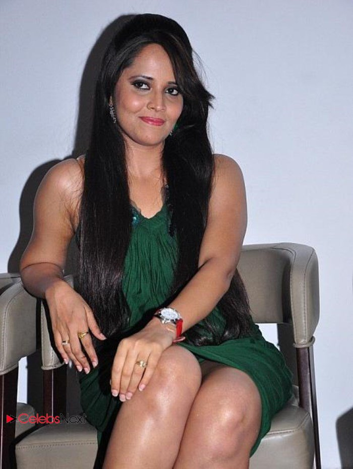 Telugu TV Anchor Anasuya with out panty | Hot Pics