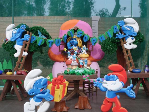 MuyAmeno.com: Fiestas Infantiles, Decoración con los Pitufos