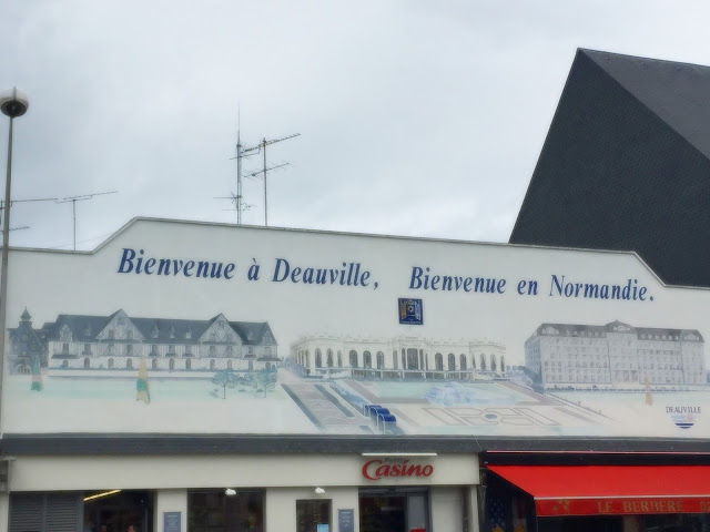 Deauville welcome sign
