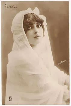 Photo Postcard of Genevieve Lantelme by Reutlinger, c.1910.