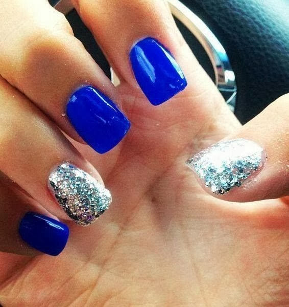 Amazing Blue nails