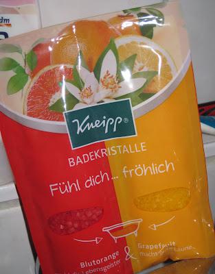 http://lacquediction.blogspot.de/2012/12/kneipp-badekristalle-fuhl-dich-frohlich.html