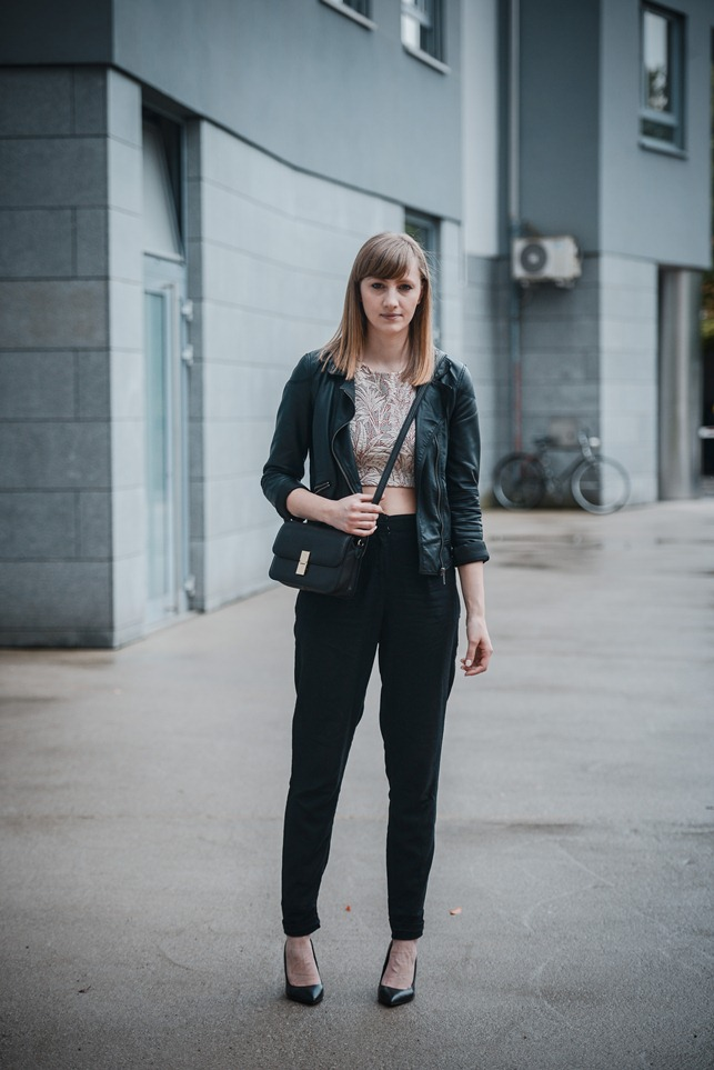 celine box bag lookalike knock off, zara palm leafs crop top, leather jacket outfit, asos black high waisted peg leg trousers, style blogger, fashion blogger, street style