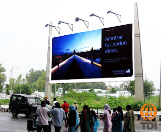 outdoor advertising, ooh advertising, ooh media, advertising