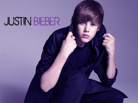 Justin Bieber Pictures 2011 on Justin Bieber 2011 Wallpaper  Clickandseeworld Is All About Funny