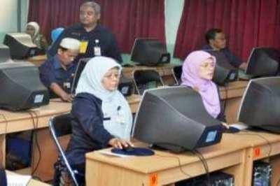 Penentuan nama guru penerima tunjangan oleh Dinas Pendidikan Kabupaten/Kota.