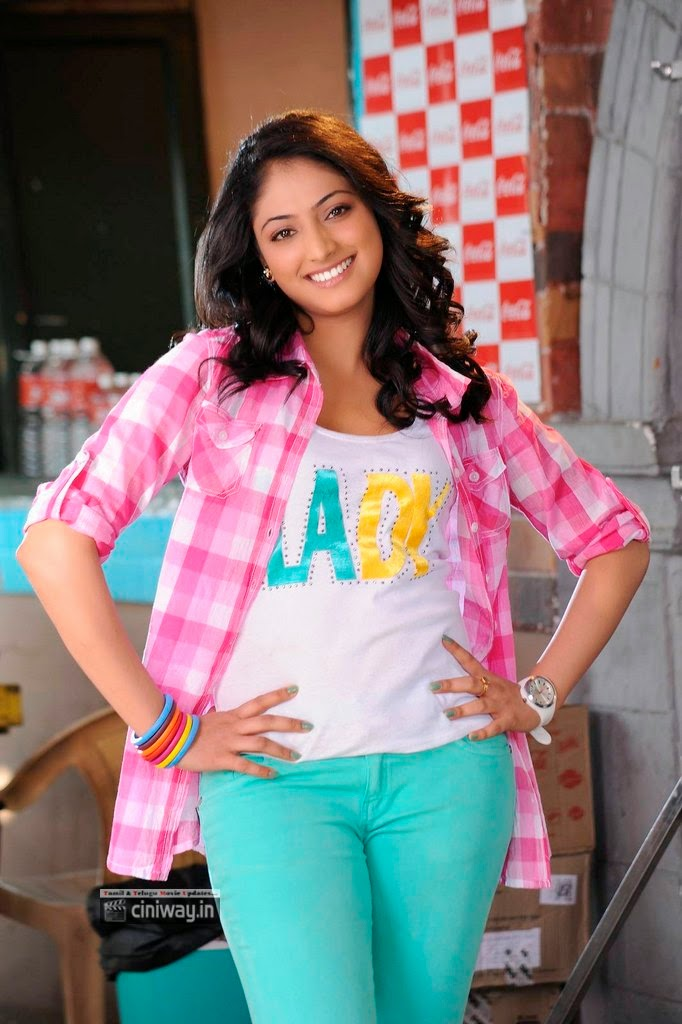 Ee-Varsham-Sakshiga-Movie-Heroine-Haripriya-Stills
