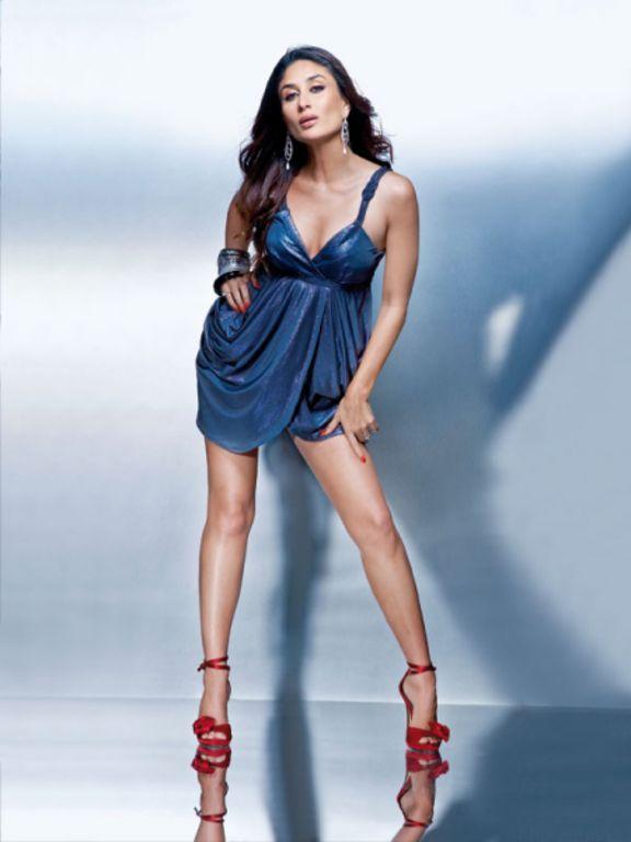 Kareena Kapoor Hot Wallpapers In Bikini. Kareena kapoor In Blue Bikini