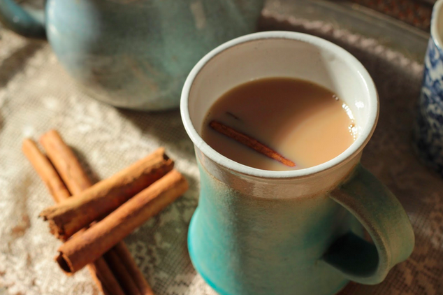 How to make Cinnamon stick tea