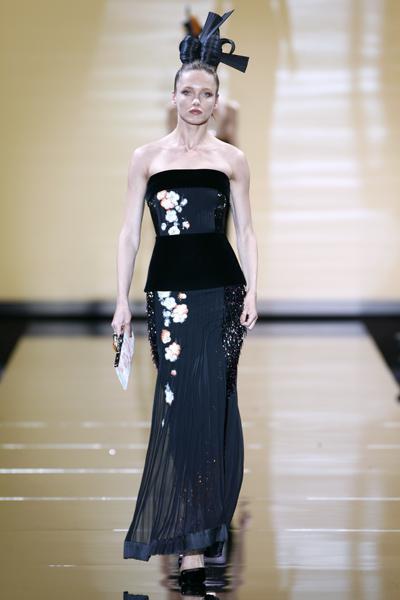 Giorgio Armani Privé - Haute Couture - Herbst / Winter 2011/2012 - 2 -