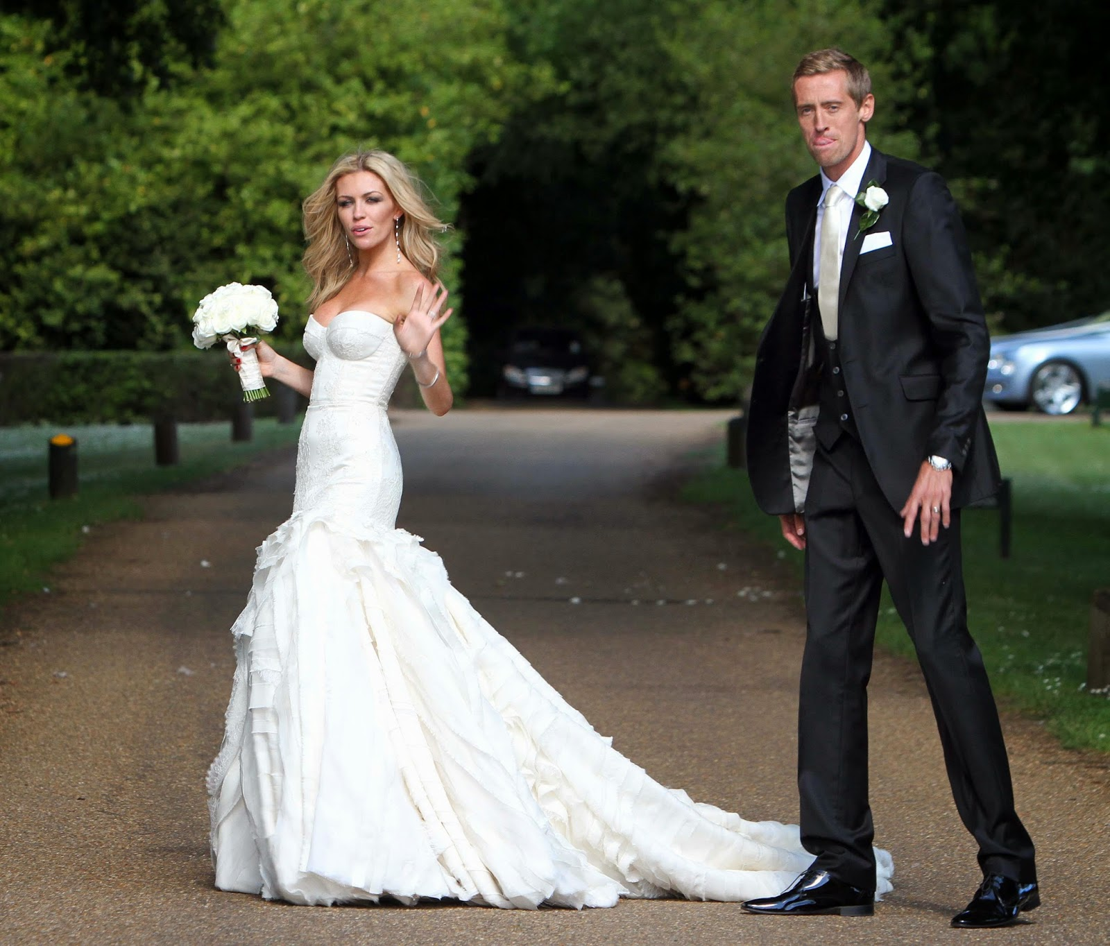 Heraic celebrity wedding dresses for Giles deacon wedding dresses