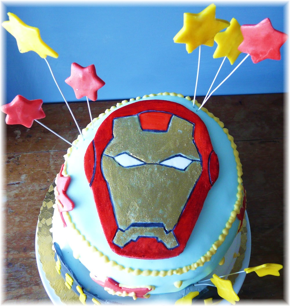 Torte in festa ironman for Decorazioni torte ladybug