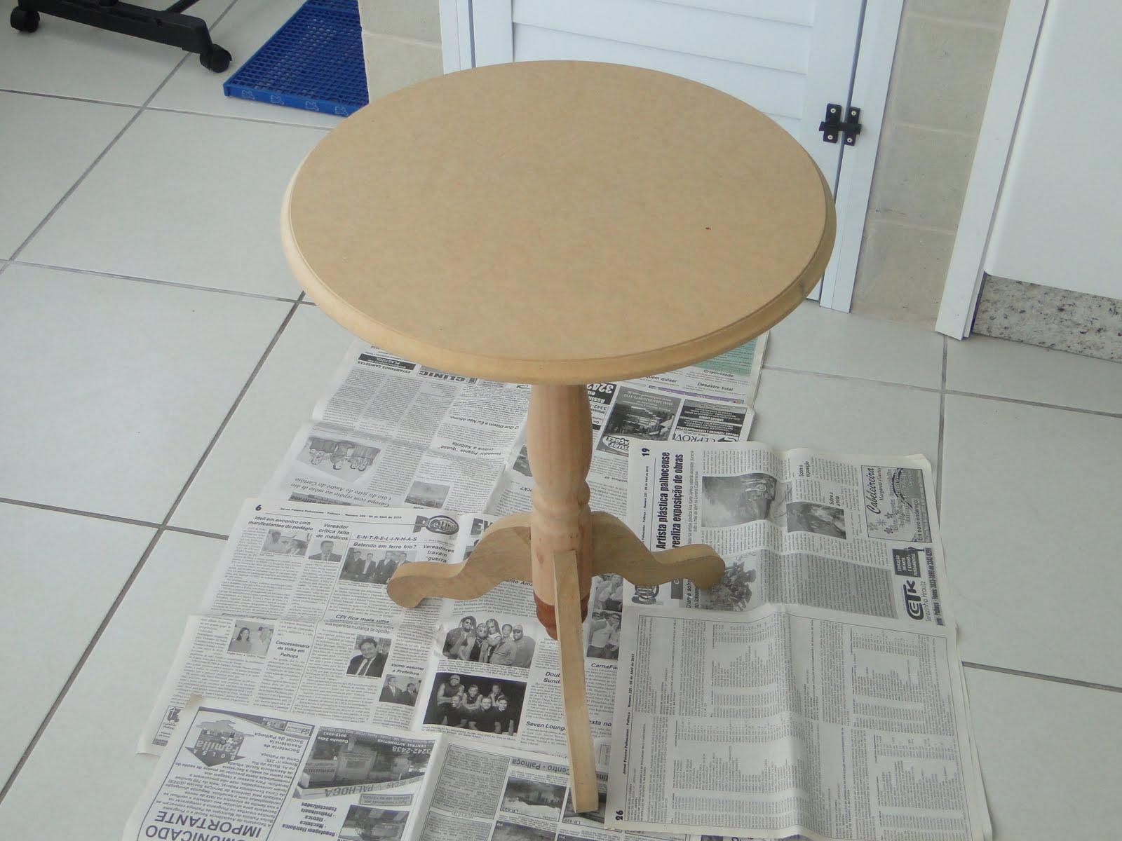 uma cor. E como ia fazer arte forrei o chão com jornal né #203766 1600x1200
