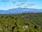 Els Rasos de Peguera i la Serra d'Ensija des de dalt del cim de Sant Genís