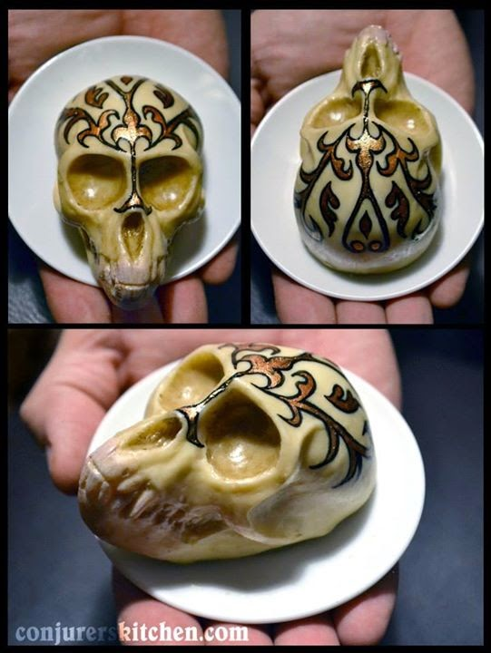 17-Annabel-de-Vetten-Giving-Death-by-Chocolate-a-new-Meaning-www-designstack-co