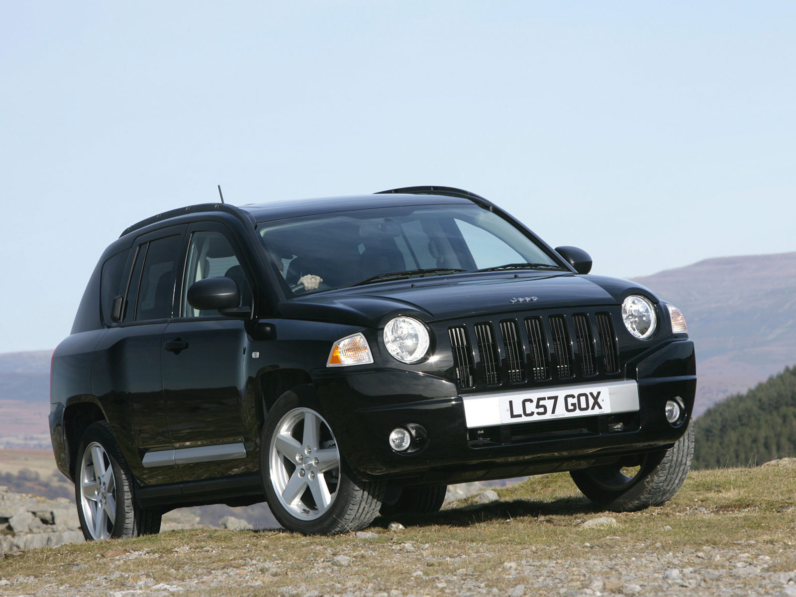 2007 jeep compass uk version car desktop wallpaper auto trends magazine. Black Bedroom Furniture Sets. Home Design Ideas