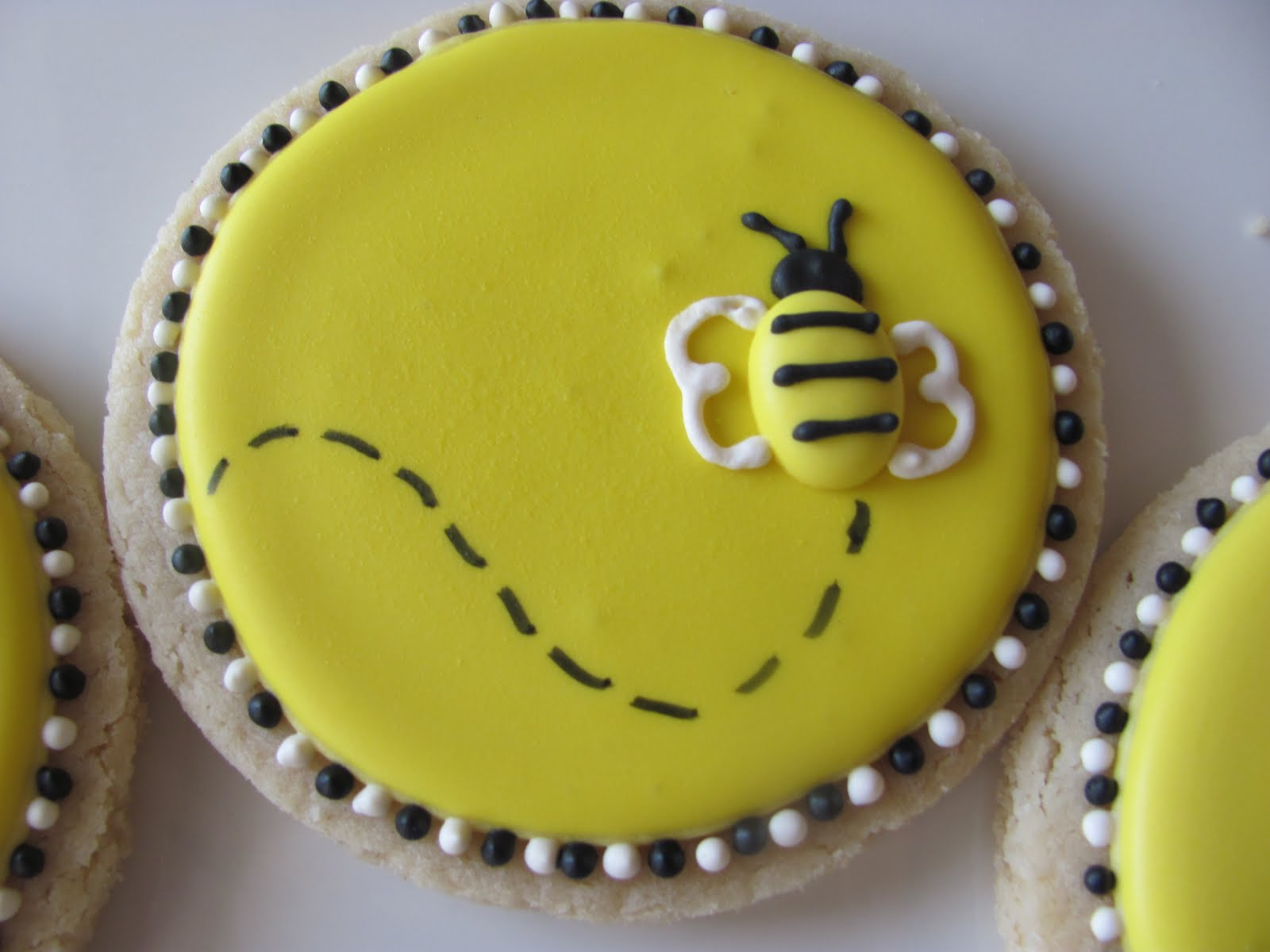 Bumble Bee cookies inspired by the Cookie Jar.