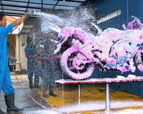Strategi Mengembangkan Peluang Usaha Cuci Motor