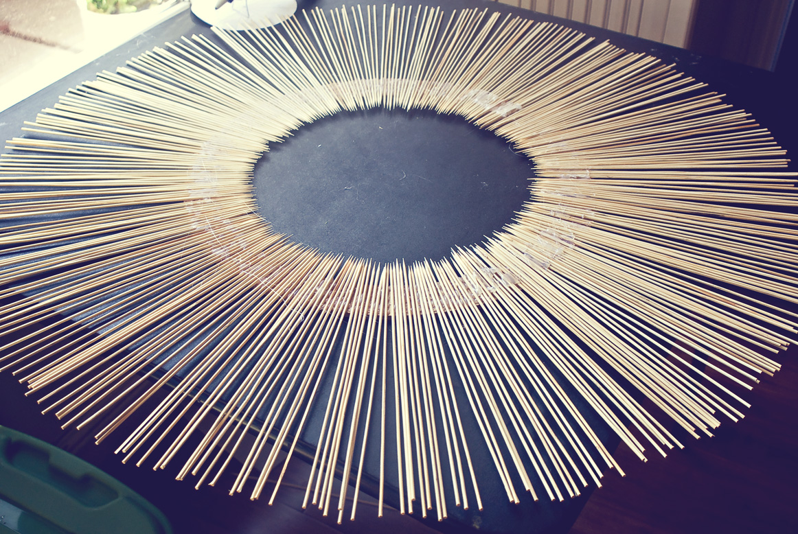 Easy peasy pie diy bamboo skewer mirror for How to make a round frame for mirror