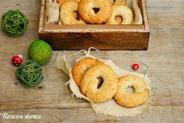 http://atrapadaenmicocina.blogspot.com.es/2012/12/roscos-duros.html