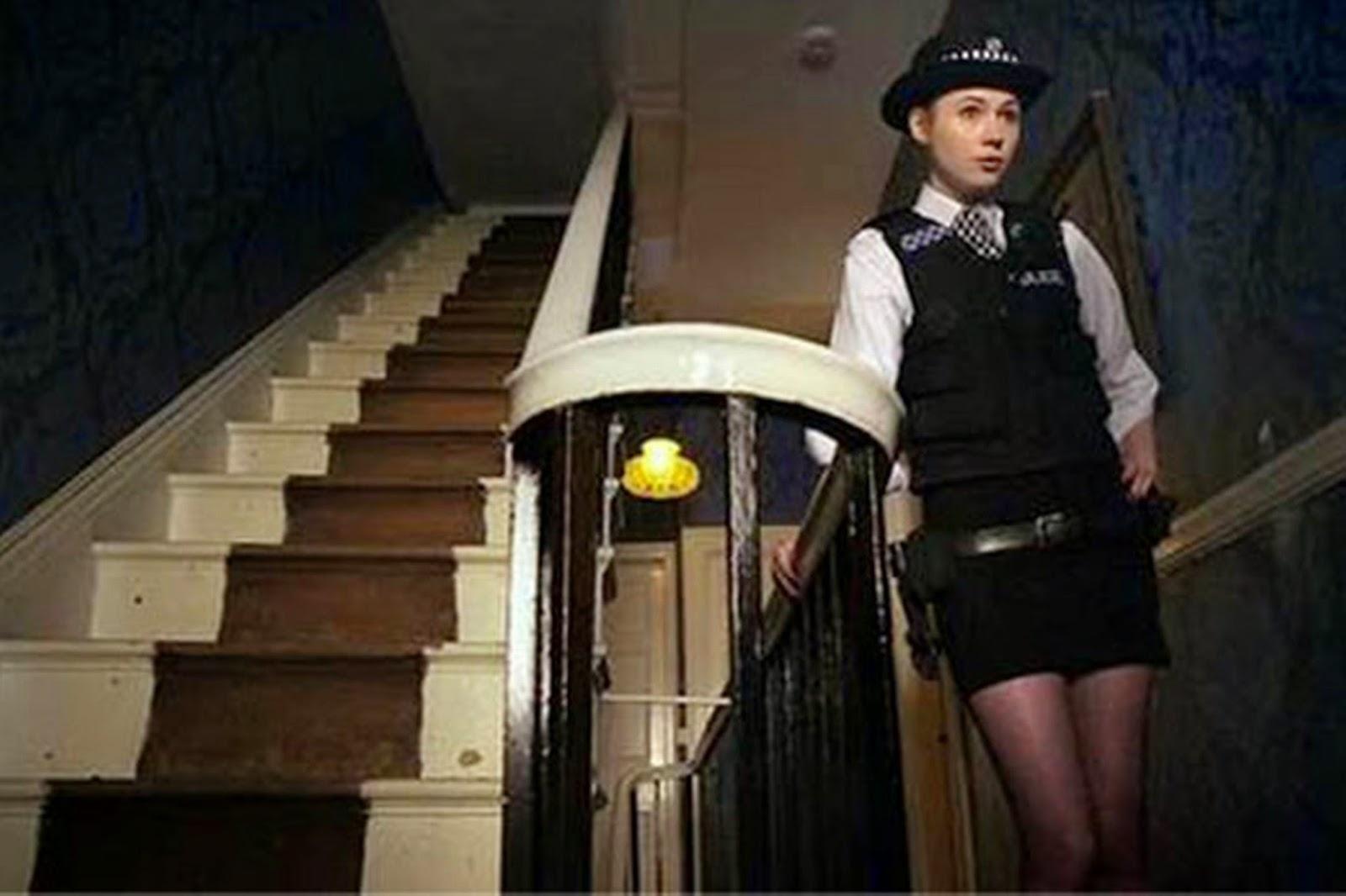 Policewoman amy pond - 5 6