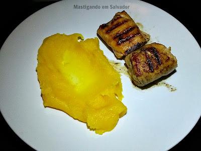 148 Gastronomia Honesta: Tranche de Peixe Selado com Purê de Aipim