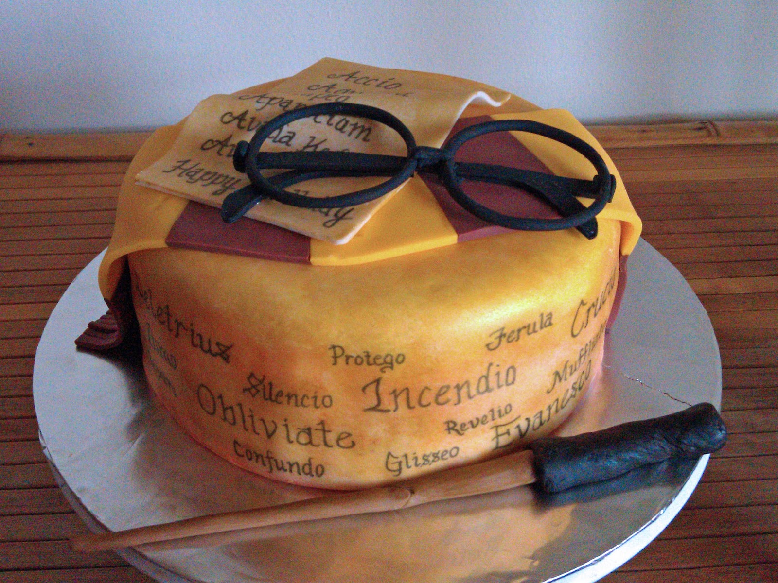 Lots of spells around the cake i have no recollection of the