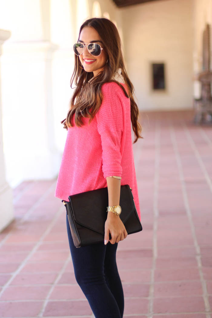 dex knit sweater, pink sweater, lysse leggings, denim leggings, black clutch