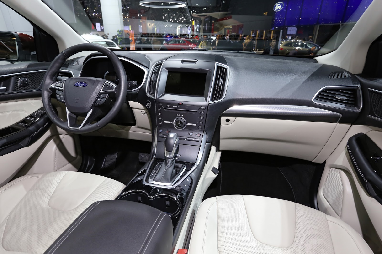 new ford edge debuts in paris a pair of diesel engines photo gallery