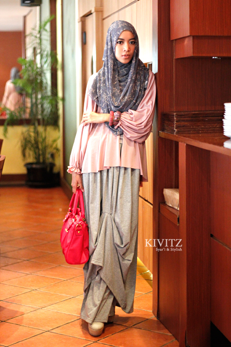 Kivitz Grey Pink Dresscode For Halal Bihalal