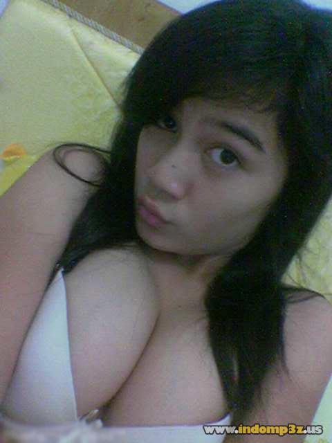 Foto-foto Gadis SMA Cantik Bugil