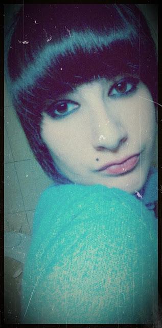 Y aunque el tiempo lo pueda sanar , Estoy agonizando por ti ♪
