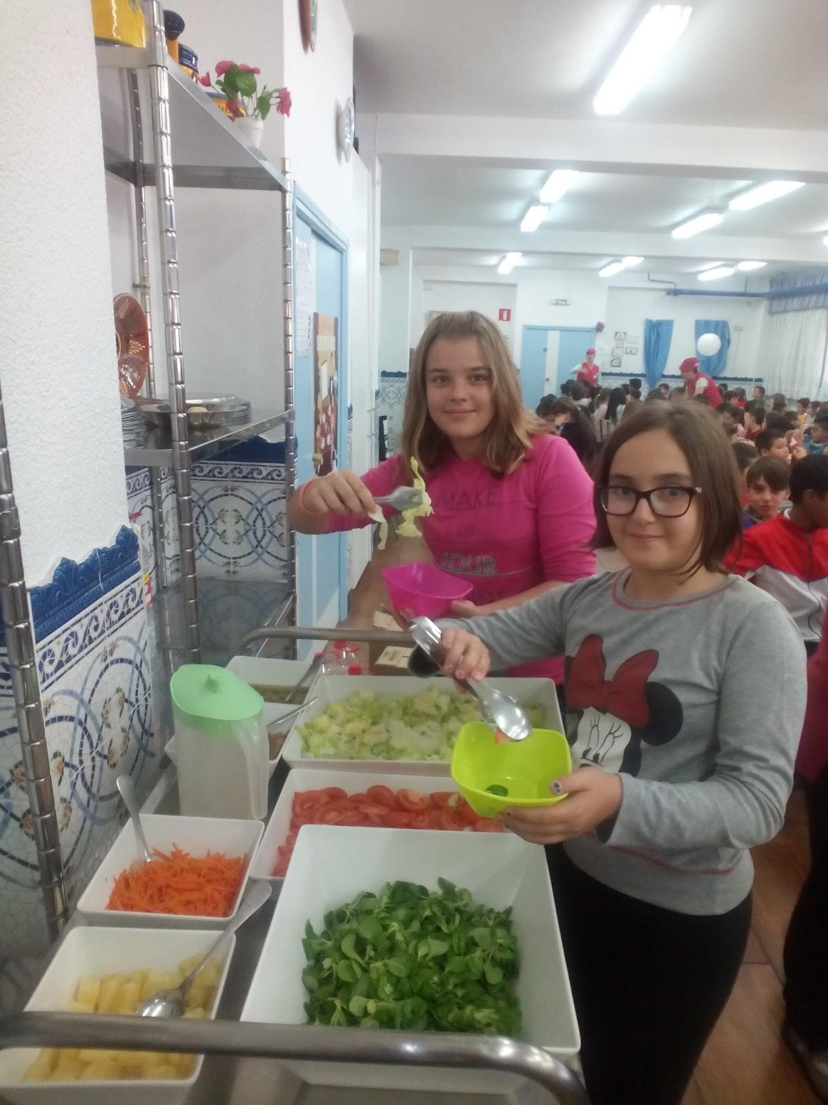 Somos del comedor buffet de ensaladas y frutas for Proposito del comedor buffet