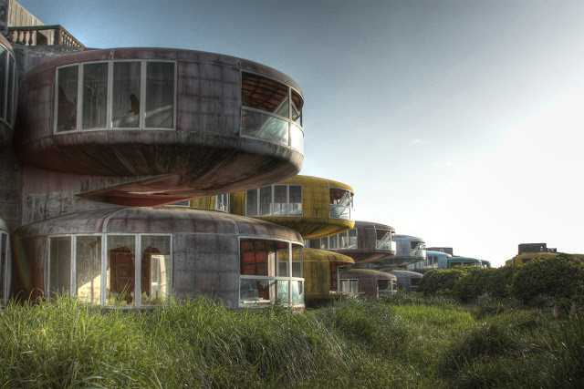 This Sci-Fi-Looking Resort Was Abandoned For The Spookiest Reason