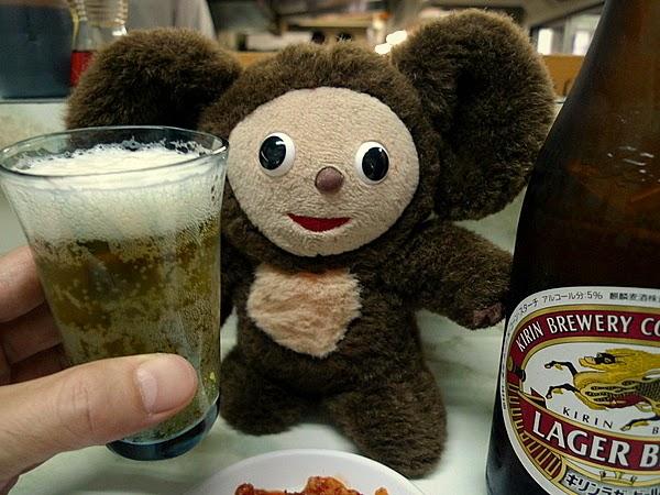 新福菜館三条店 ビールにキムチ