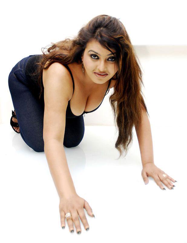 Hot Actresses Photos Web: Sona hot actress