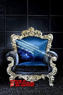 Toko mebel jati classic jepara,sofa cat duco jepara furniture mebel duco jepara jual sofa set ruang tamu ukir sofa tamu klasik sofa tamu jati sofa tamu classic cat duco mebel jati duco jepara SFTM-44100