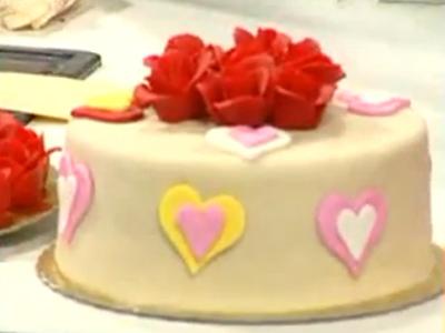 Sevgililer Günü İçin - Kestaneli Aşk Pastası - Videolu Tarifi