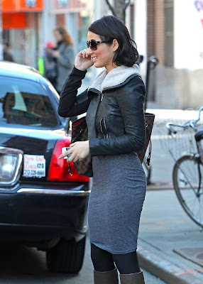 Olivia Munn Takes New York