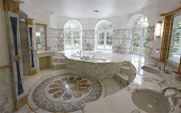 cuarto de baño de la casa mas cara del mundo